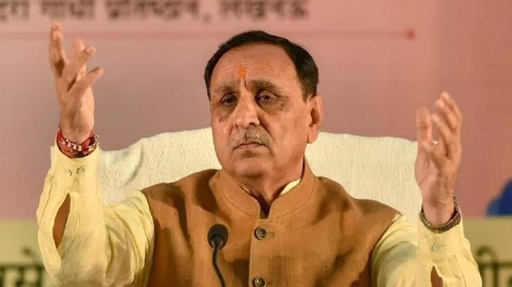 Ex CM विजय रुपाणी क्यों कह रहे हैं मैं CM था, मैं CM हूँ और आगे भी CM रहूँगा.. सियासत में रुपाणी की यह बात गहरे पानी पैठ क्यों मानी जा रही है .. पढिए यह खबर
